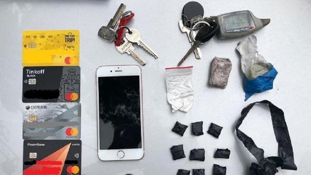 Держал интернет-магазин: квартет наркобаронов из Новосибирска попался сотрудникам полиции