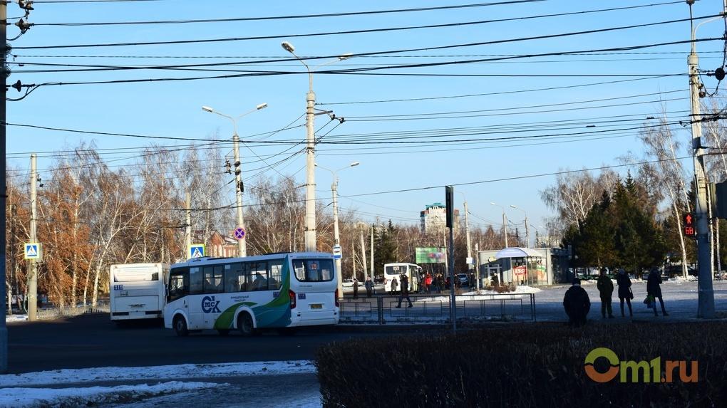 Из-за множества аварий Омск погрузился в 7-балльные пробки