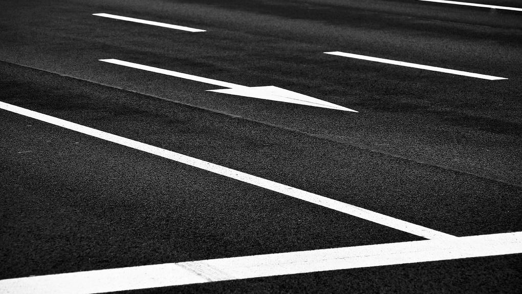 Свердловская компания нанесет на дорогах Омска разметку за 2,3 млн рублей