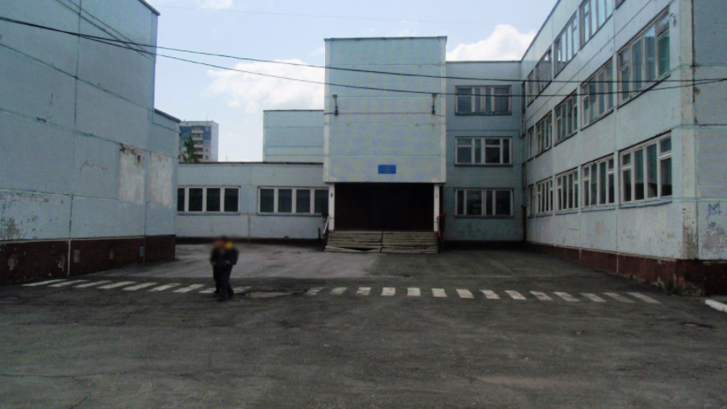 «Душила дочь в туалете»: жительница Новосибирска рассказала об издевательствах над ребёнком в школе