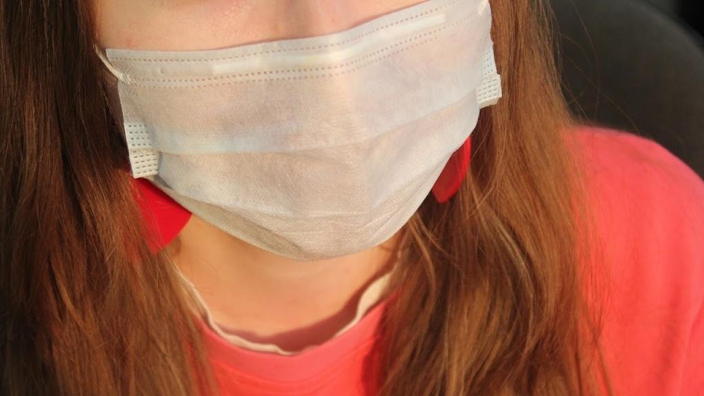 В омских аптеках продают некачественные маски