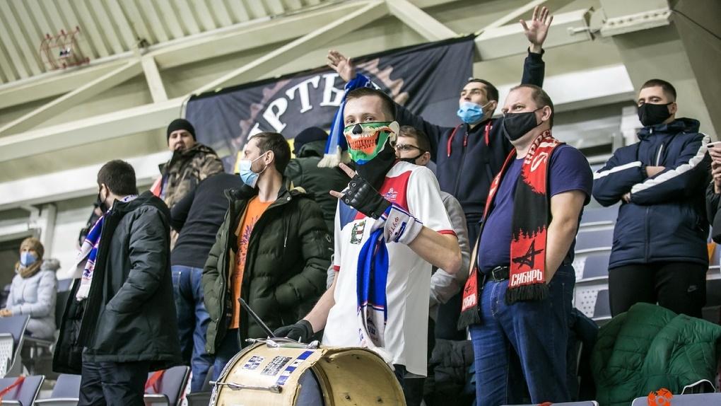 Омские футбольные фанаты - националисты или просто болельщики?