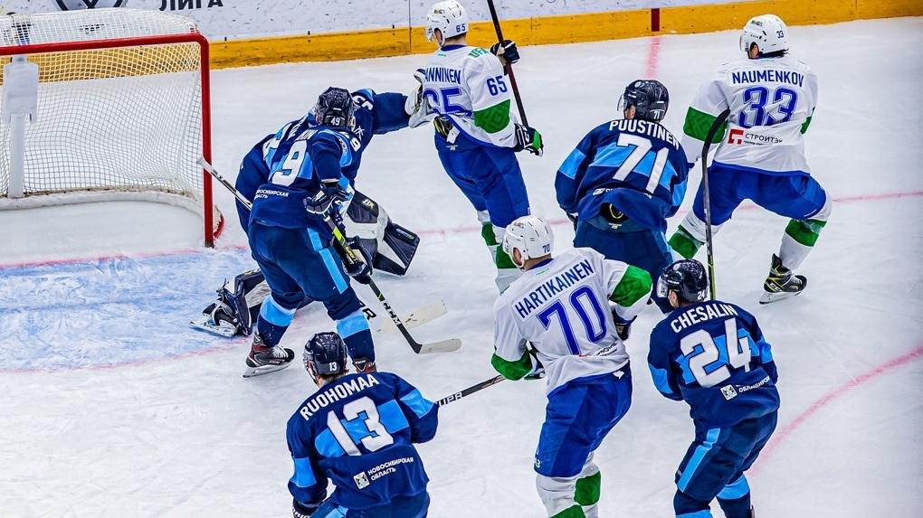 «Не хватило драки»: главный тренер ХК «Сибирь» Николай Заварухин прокомментировал провальный матч
