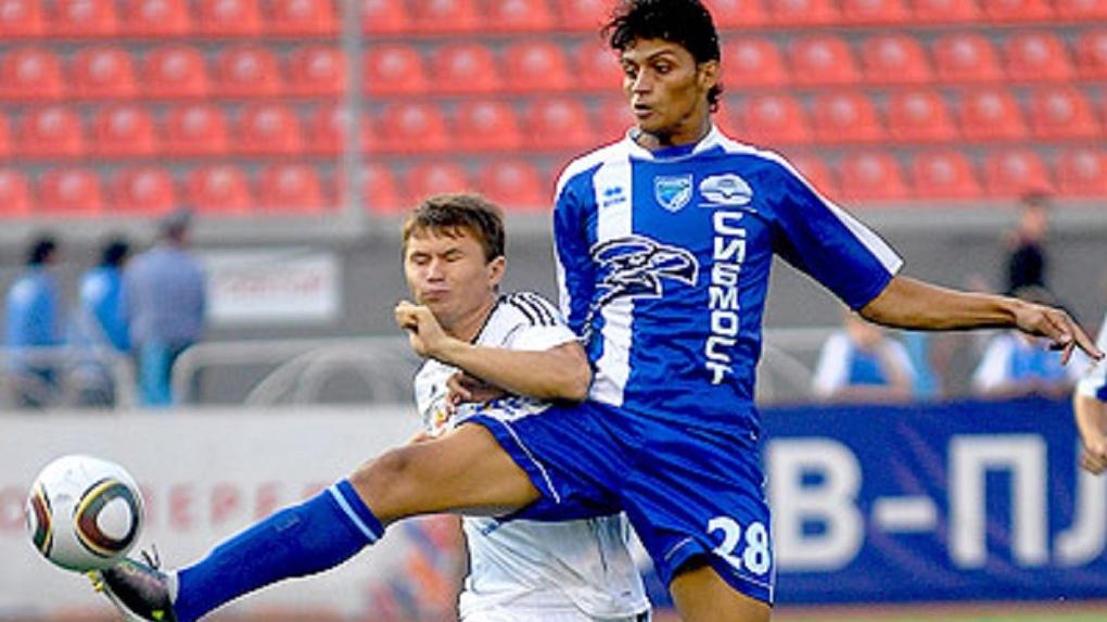 Бывший полузащитник ФК «Новосибирск» Рохер Каньяс вернулся в казахстанский «Тараз»