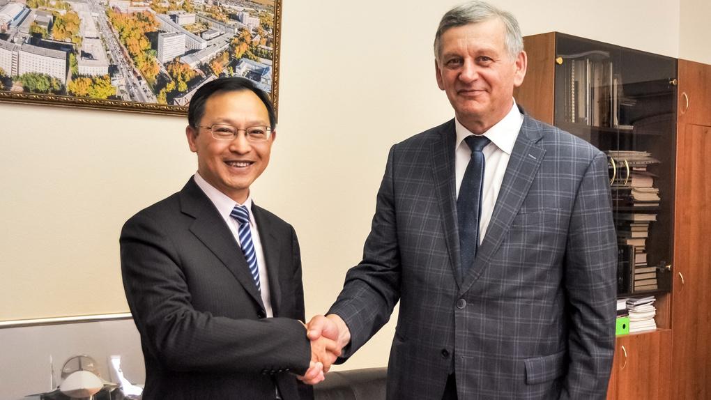 Huawei готова платить талантливым новосибирским студентам и аспирантам за научные разработки