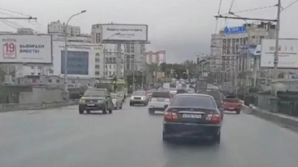 Видеоролик с ремонтом Октябрьского моста в Новосибирске набрал 1,8 млн просмотров