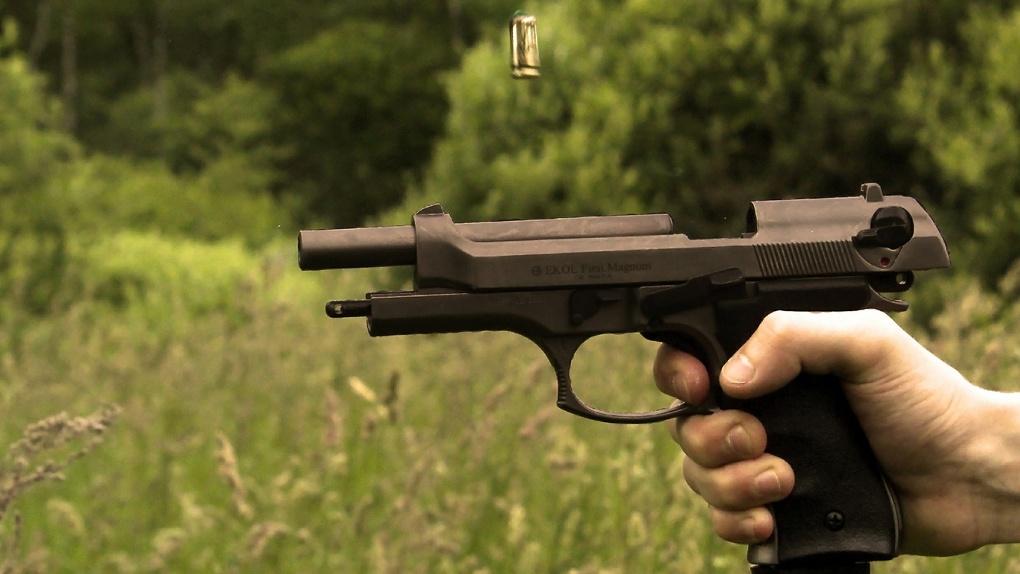 Новосибирцу предъявили обвинение за смертельный выстрел 21-летней давности