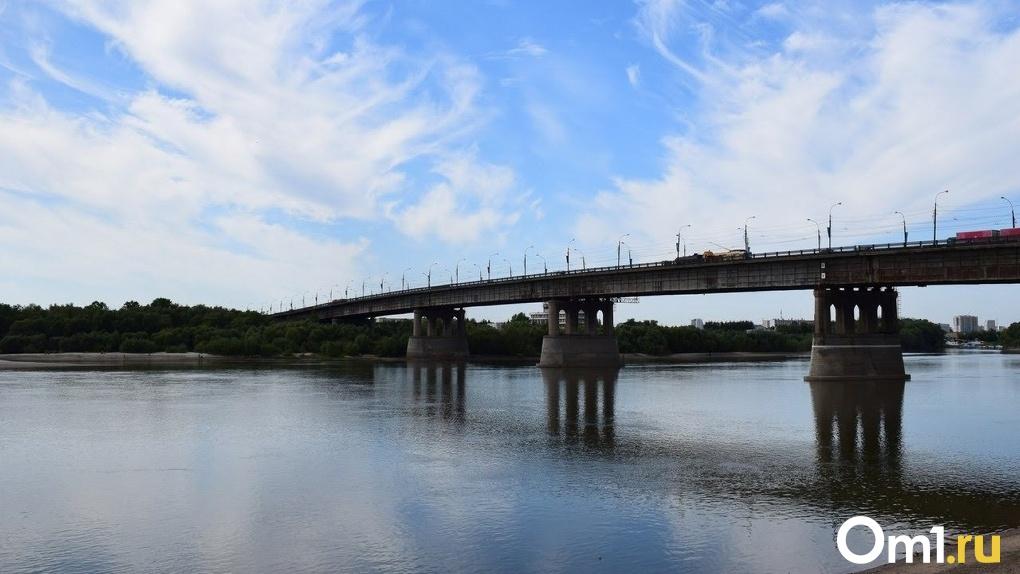 Омичи пожаловались на Ленинградский мост из-за жёстких стыков