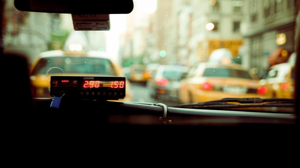 Юная жительница Новосибирска подставила таксиста