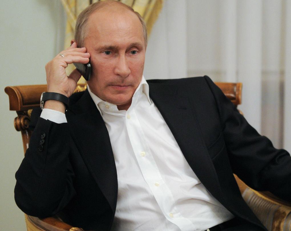 Даже у Путина таких нет: часы первых лиц государства оказались скромнее часов Пескова