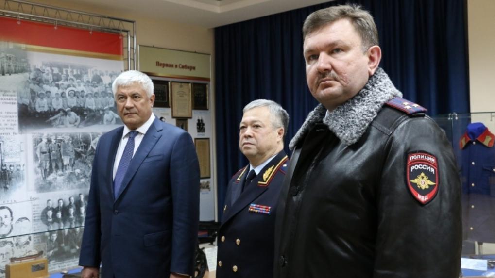Главный полицейский Омской области Коломиец начал подтягивать из Астрахани своих людей