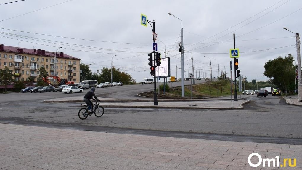 В Омске женщина за рулем сбила 6-летнего велосипедиста