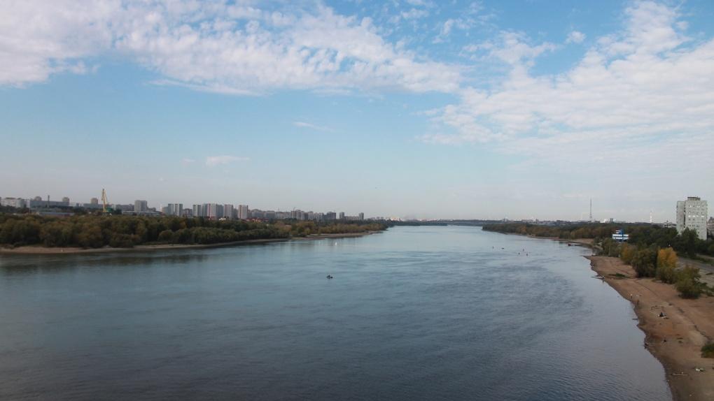 Два омича упали с мостов в Иртыш
