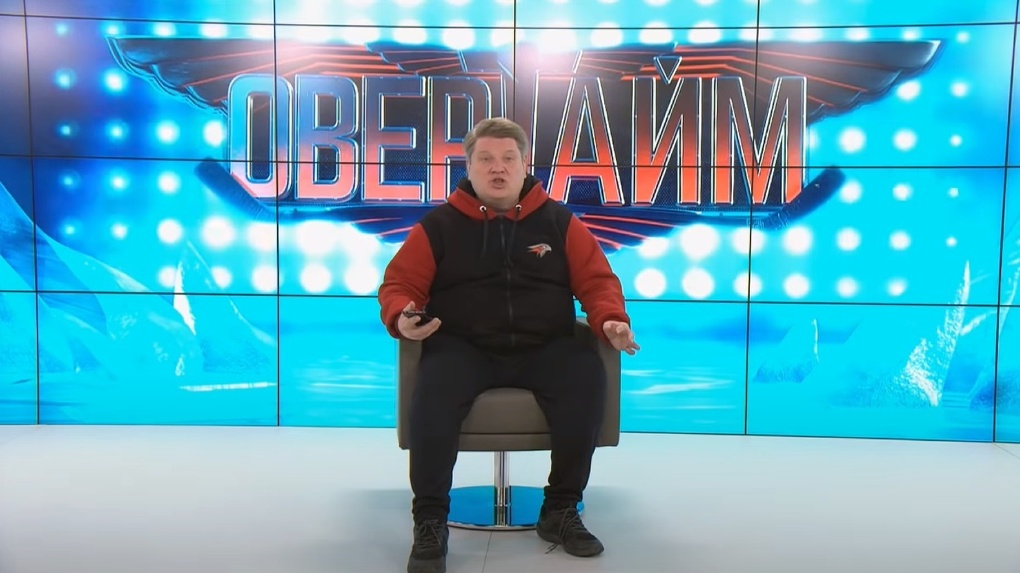 На омского спортивного обозревателя Блохина возле дома напали неизвестные