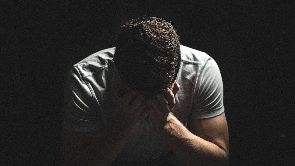 Запойный новосибирец просит его отмыть и привести в чувство после ухода жены
