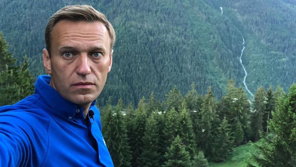 Алексей Навальный сохранил память и начал говорить