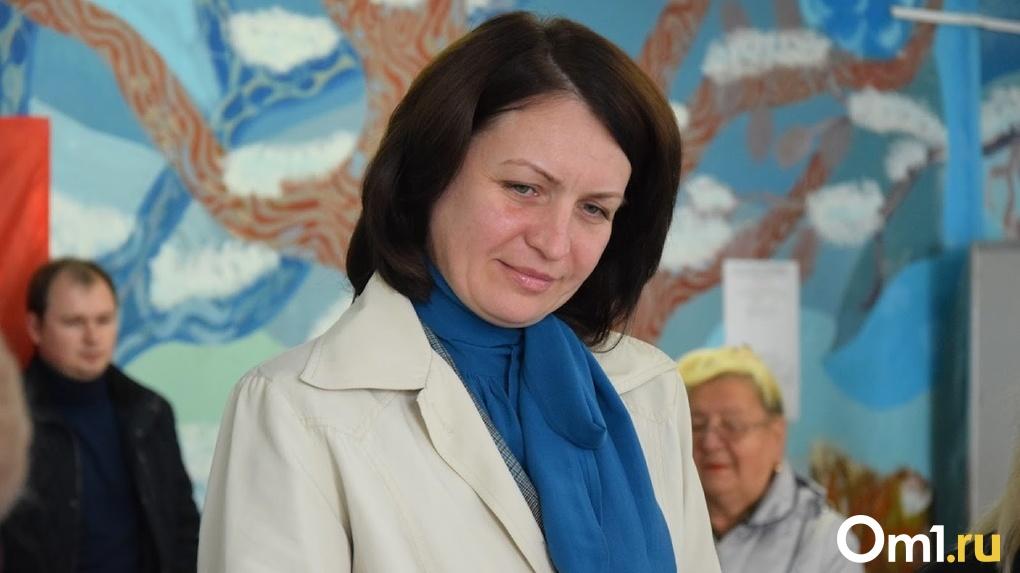 Мэр Омска Оксана Фадина вместе со своей дочкой поздравила омичей с Днём защиты детей
