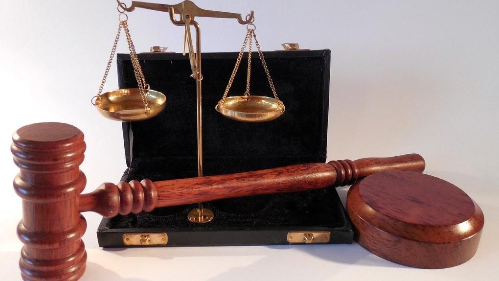 Омич, нападавший на женщин на Левобережье, воспитывает двоих детей и уже был судим