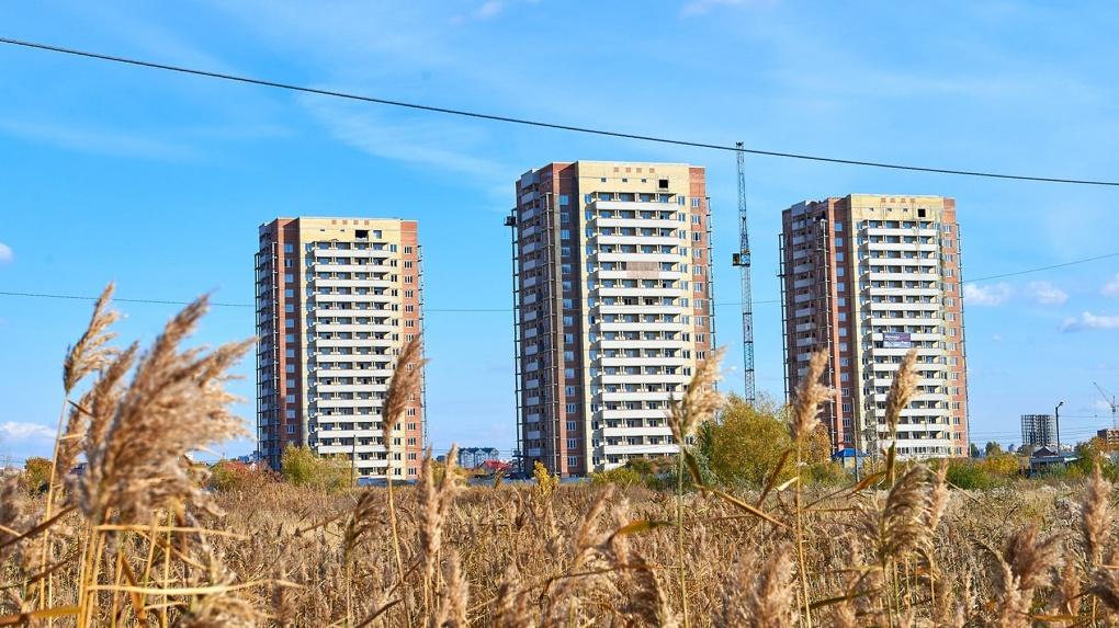 В Омске проблемные многоэтажки ЖК «Волна» достроили