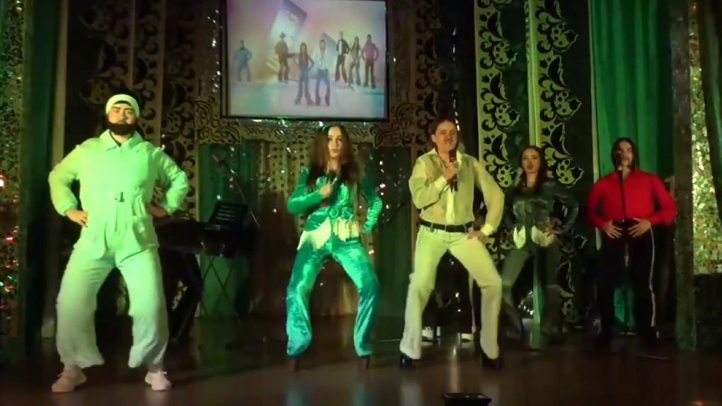 Новосибирские заключённые сделали пародию на клип группы Little Big