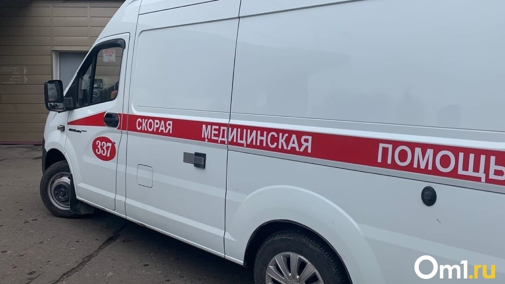 В Омской области двухлетний мальчик едва не отравился уксусом