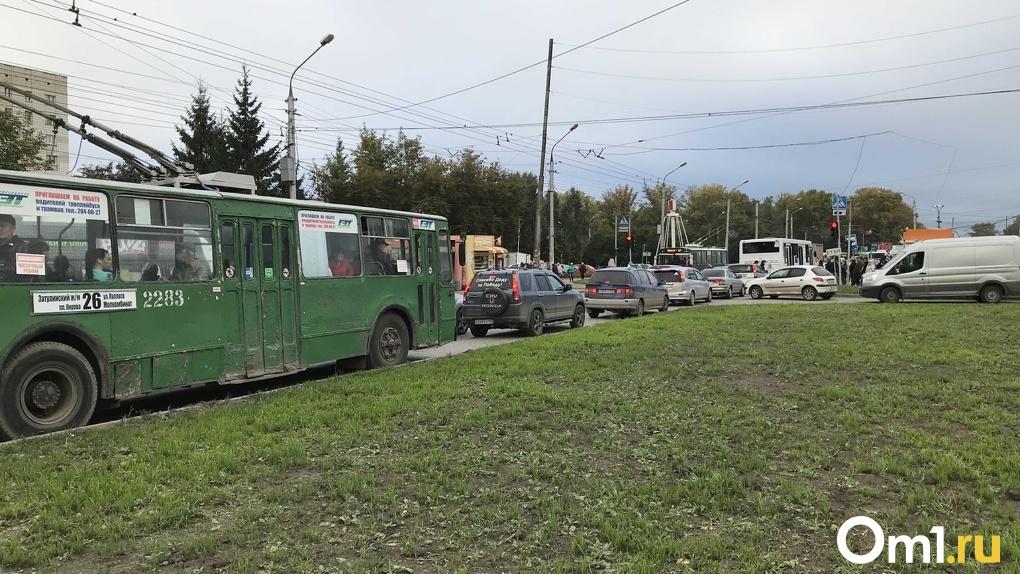 Город стоит: эксперт назвал способ избавить Новосибирск от пробок