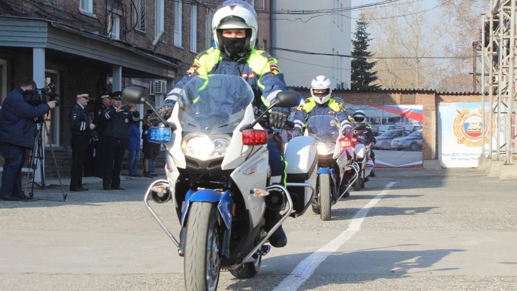 Полицейские-байкеры выехали ловить новосибирских мотоциклистов