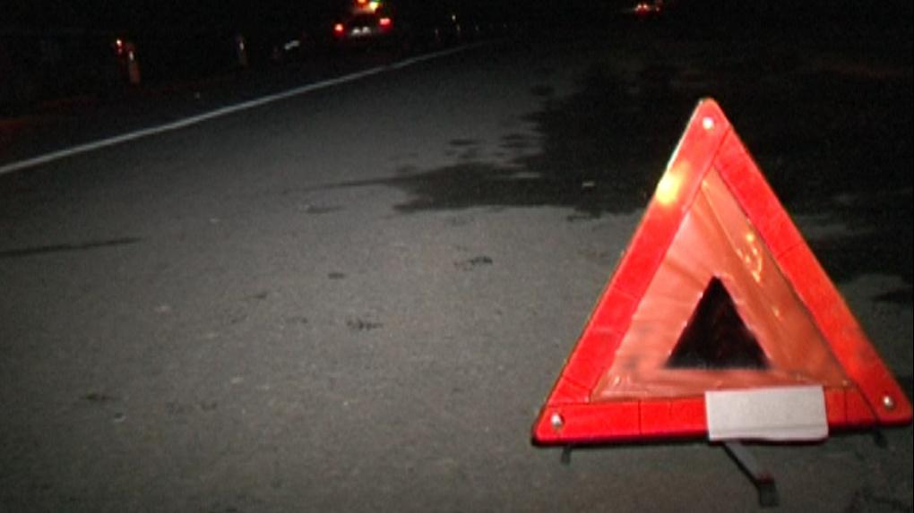 На трассе «Сокур-Новосибирск» машина насмерть сбила 19-летнюю девушку