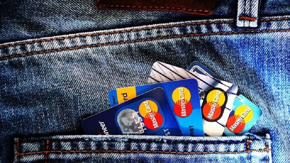 Банк «Открытие» предложил предпринимателям виртуальную карту платежной системы «Таможенная карта»