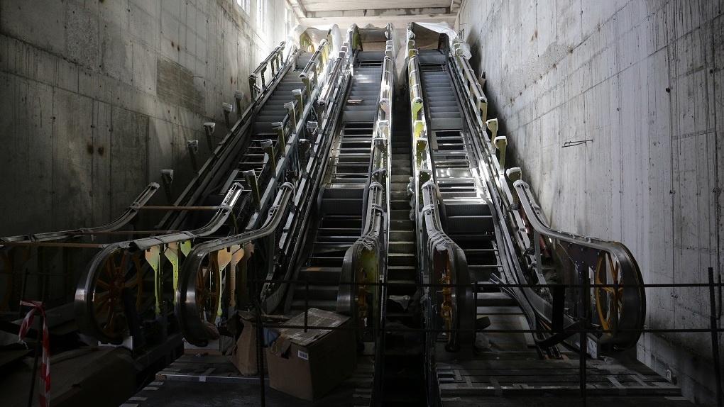 В Новосибирск доставили последние эскалаторы для станции метро «Спортивная»