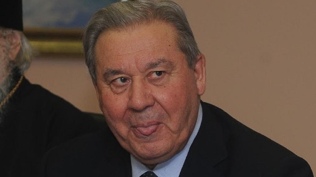 Экс-губернатору Полежаеву будут доплачивать к пенсии более 200 тысяч в месяц