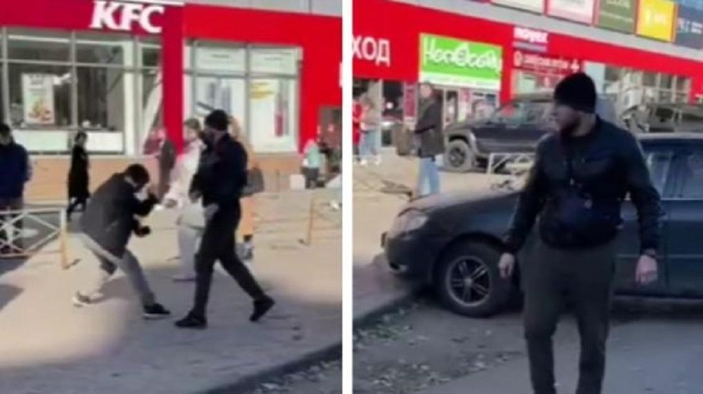 В Новосибирске водитель Toyota Camry после ДТП избил журналиста НГС