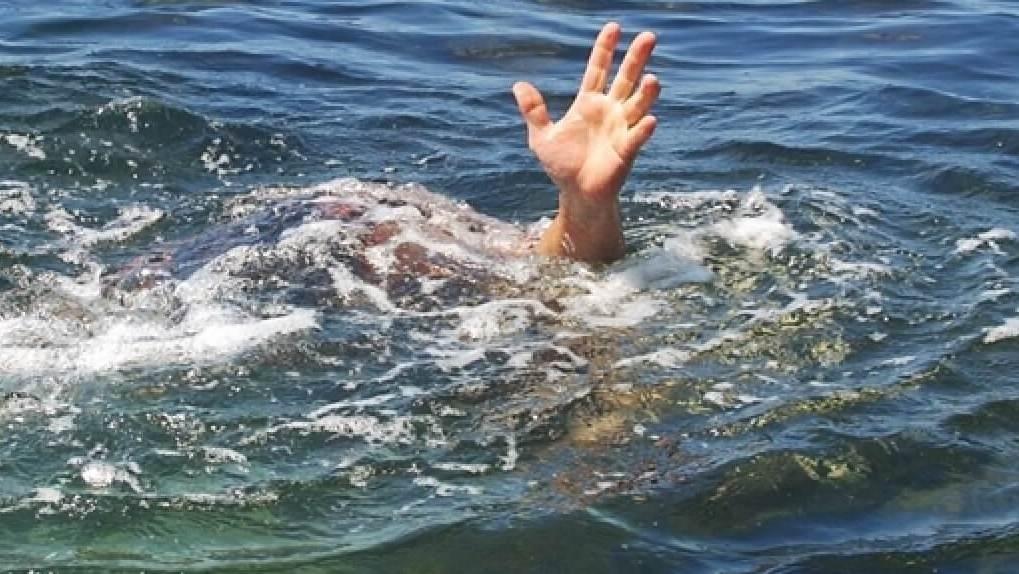 В Новосибирской области 15-летний подросток нырнул с мостика и утонул