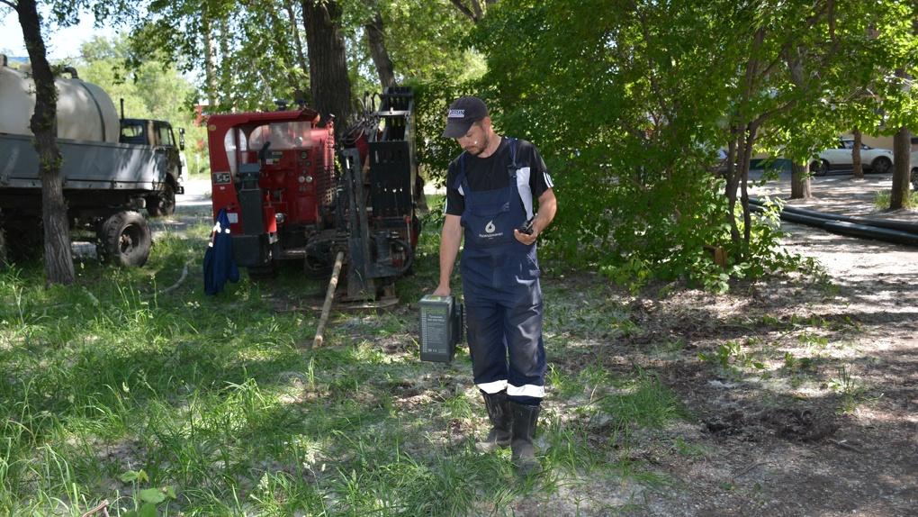 Омский водоканал ремонтирует сети современным способом, не доставляя жителям неудобств