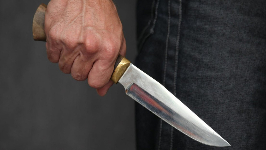 Новосибирец отрезал голову 31-летнему мужчине