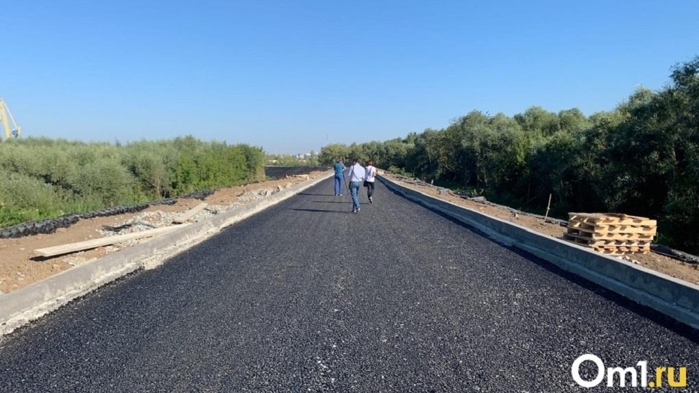 В Омске произошло первое ДТП на закрытой дороге за миллиард рублей