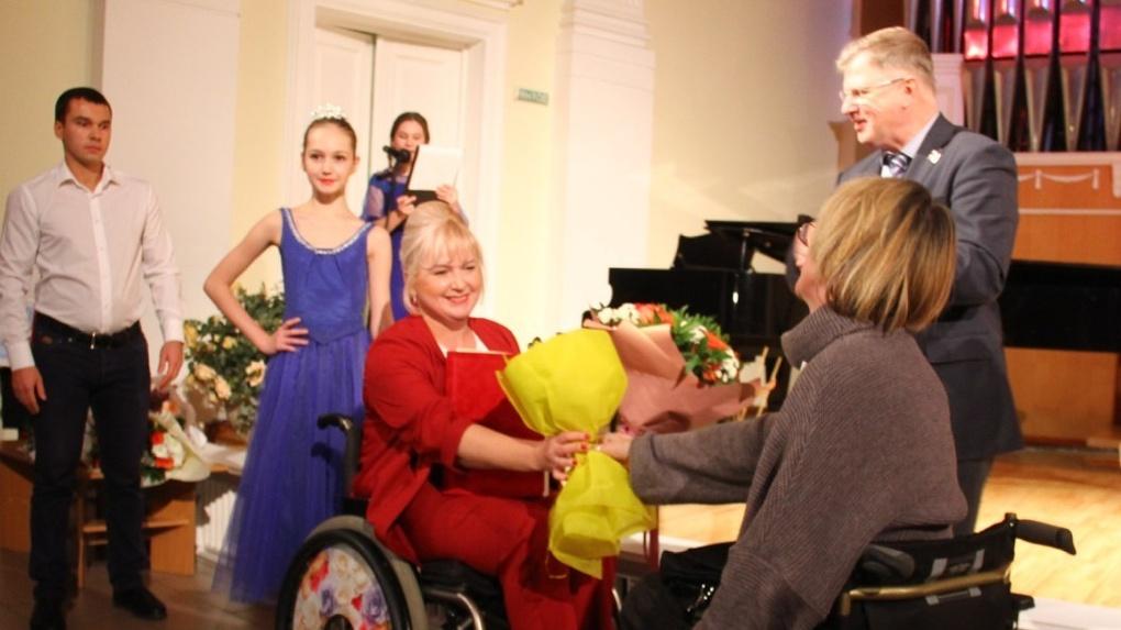 Вручена Именная премия мэра Омска