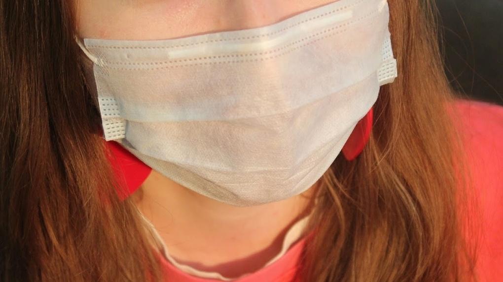 Омичи раскупили 200 тысяч поступивших в аптеки масок
