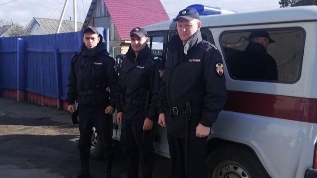 Омские росгвардейцы вернули родным пропавшую 13-летнюю девочку