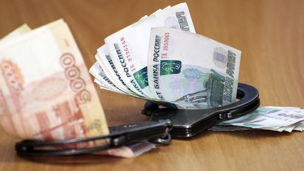 «За свободу требовал 2,3 млн рублей»: начальнику новосибирской колонии вынесли приговор за мошенничество