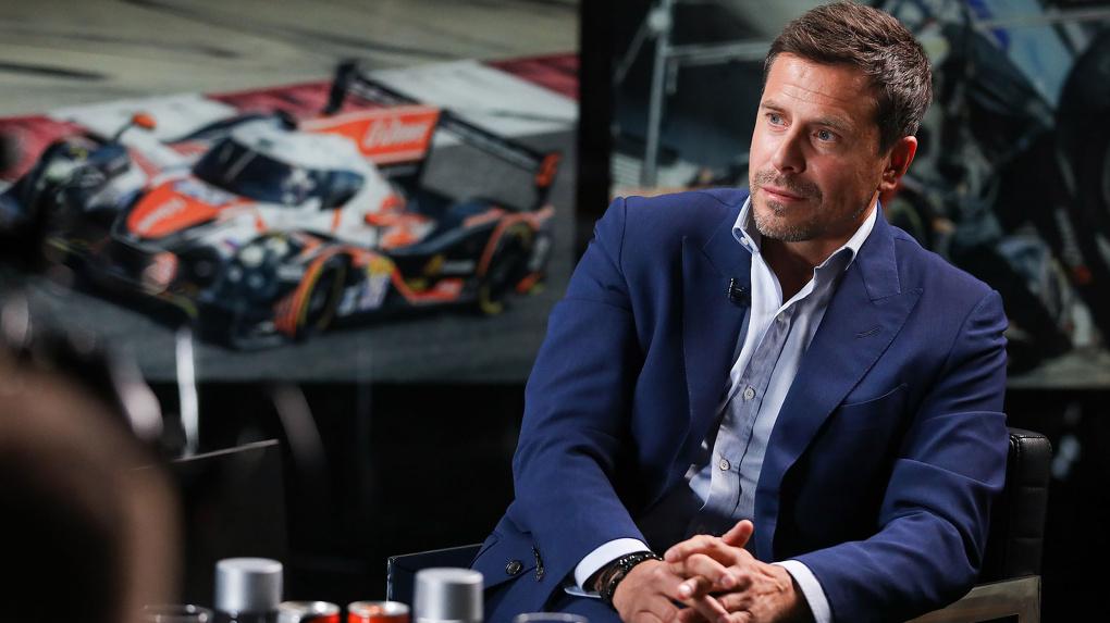 Крылов объяснил, почему уволил из «Авангарда» Максима Сушинского