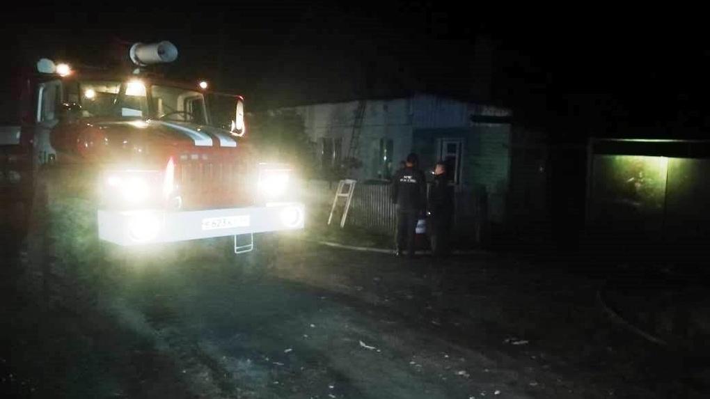 В Новосибирской области семья с детьми отравилась угарным газом и обгорела