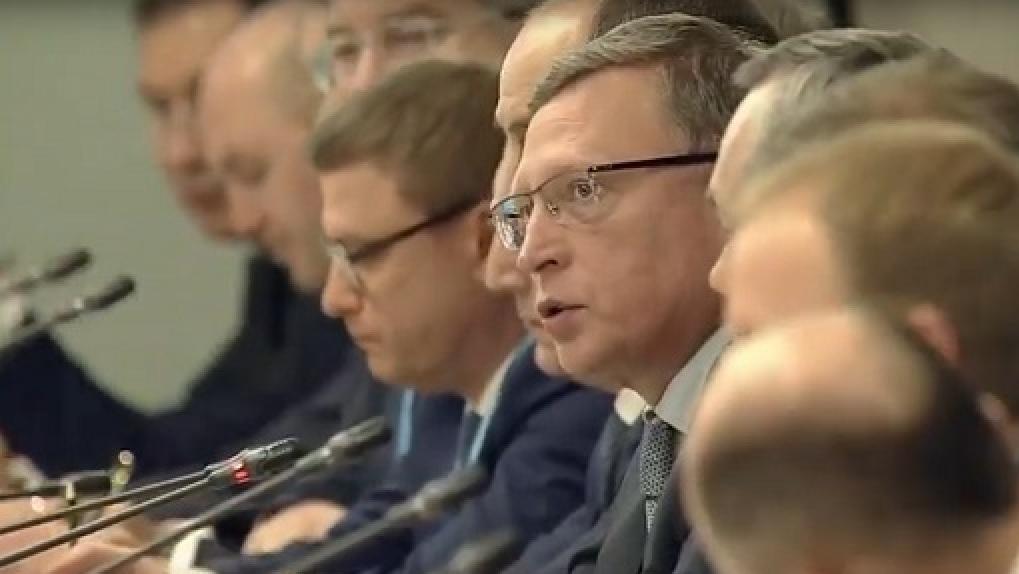 Бурков рассказал Путину о катализаторном проекте «Газпром нефти»