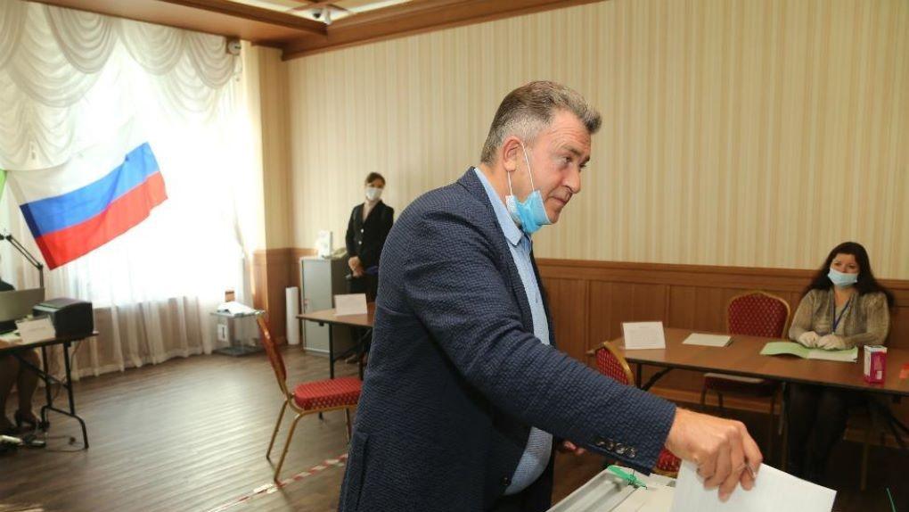 «Конкуренция большая, но честная»: спикер парламента оценил ход выборов в Новосибирской области