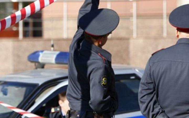 В Омске неизвестный обстреливает прохожих из окна