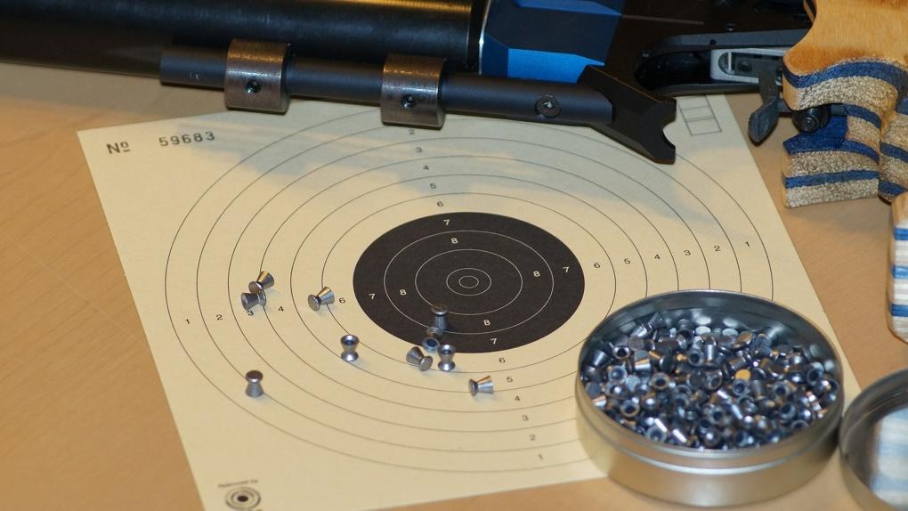 В Омской области из винтовки расстреляли пенсионера
