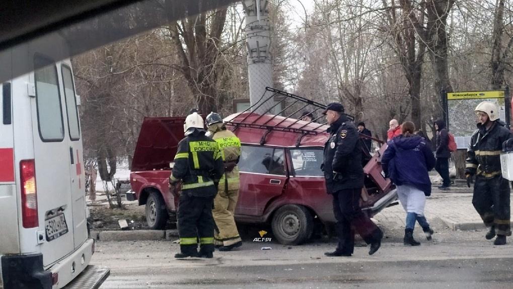 Двое пенсионеров погибли в ДТП в левобережьи Новосибирска