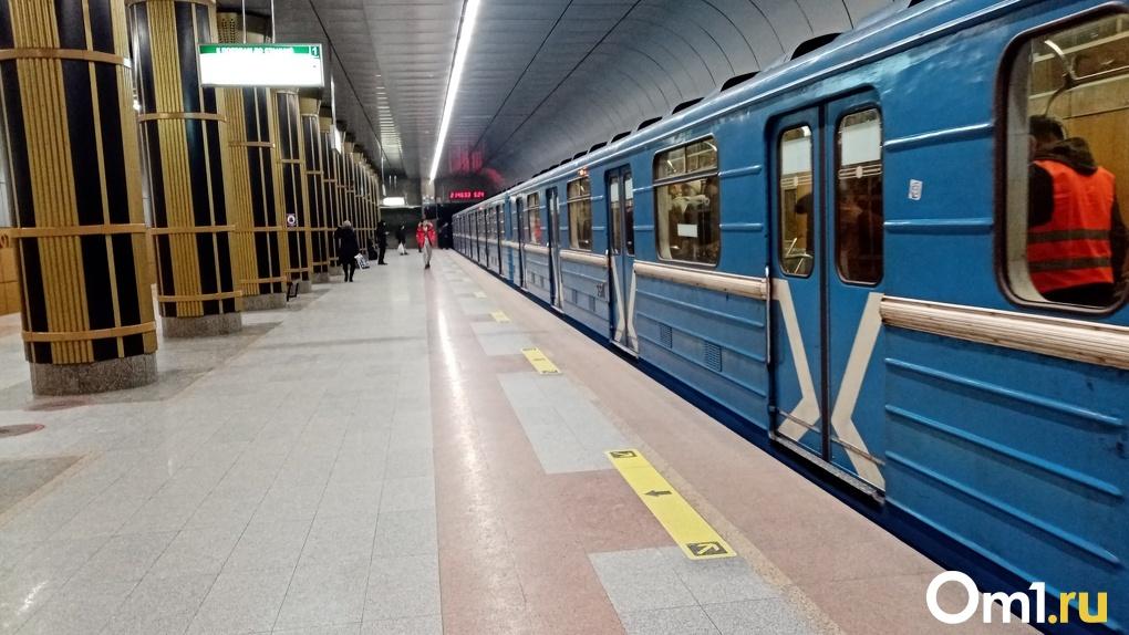 Дважды в день в новосибирском метро проводят дезинфекцию из-за коронавируса