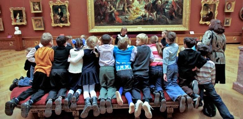 В Омске на новогодних каникулах детей будут бесплатно пускать в музеи