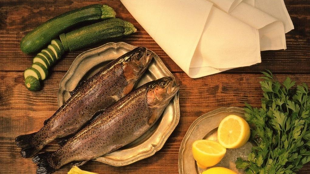 В сети магазинов «Рыбный мир 55» действуют суперскидки на рыбу